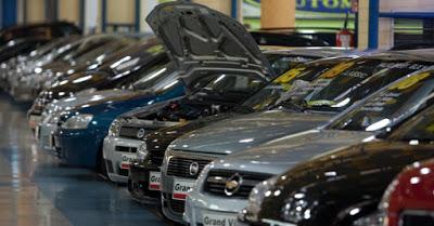 Carros na loja