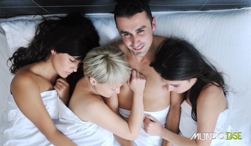 Homem com várias mulheres - Poliamor